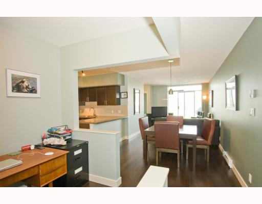 "Photo 2: 407 2520 MANITOBA Street in Vancouver: Mount Pleasant VW Condo for sale in ""THE VUE"" (Vancouver West)  : MLS® # V794591"