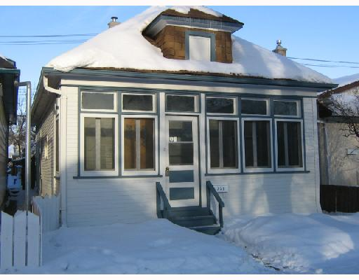 Main Photo: 721 BOYD Avenue in WINNIPEG: North End Residential for sale (North West Winnipeg)  : MLS(r) # 2800564