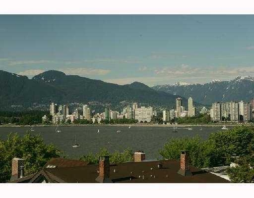Main Photo: # 306 2469 CORNWALL AV in Vancouver: Kitsilano Condo for sale (Vancouver West)  : MLS® # V727532