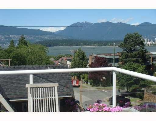Main Photo: 1675 Larch Street in Vancouver: Kitsilano Condo for sale (Vancouver West)  : MLS® # V747996