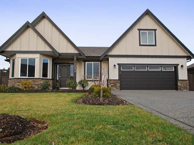 Main Photo: 2484 TIGER MOTH PLACE in COMOX: House for sale : MLS(r) # 309321