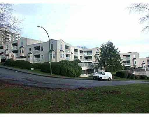 "Main Photo: 65 1ST Street in New Westminster: Downtown NW Condo for sale in ""KINNAIRD PLACE"" : MLS(r) # V626303"