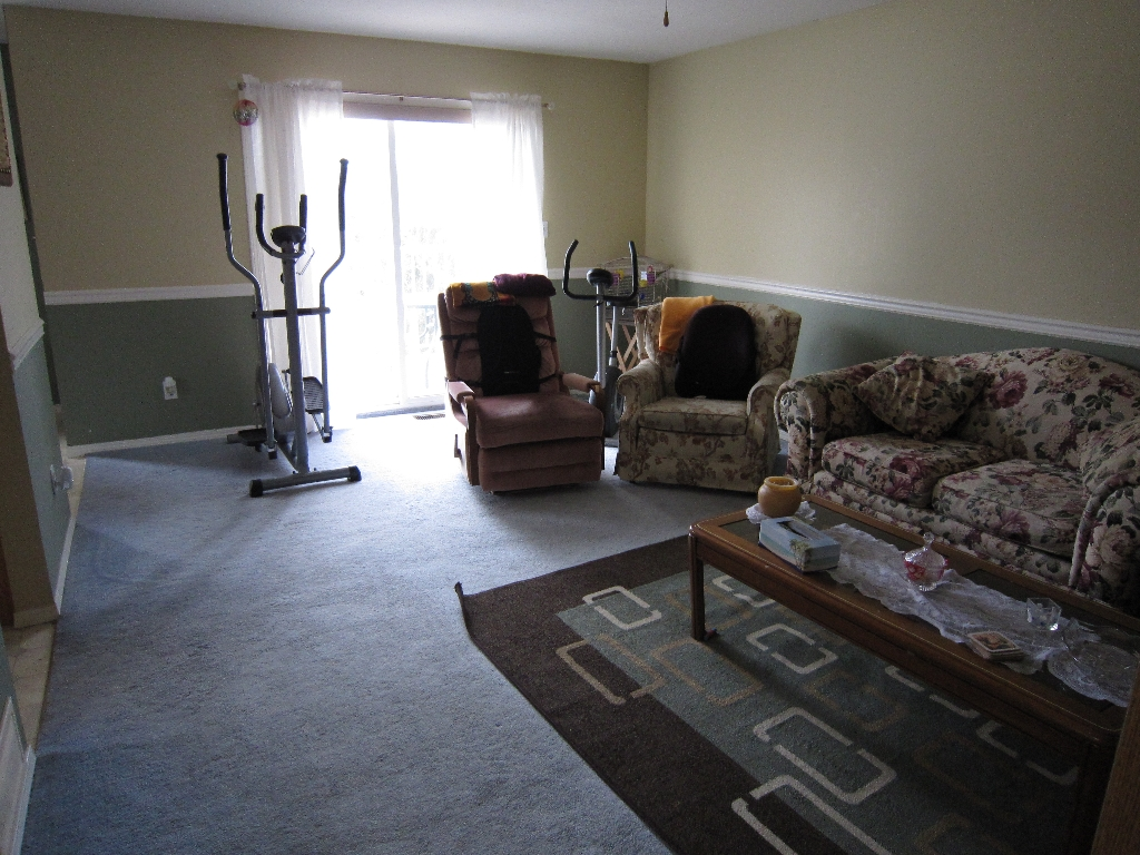Photo 3: 1700 QUEBEC STREET in Penticton: Other for sale (102)  : MLS(r) # 134482