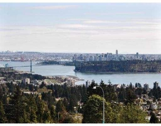 "Main Photo: 68 2212 FOLKESTONE Way in West_Vancouver: Panorama Village Condo for sale in ""PANORAMA VILLAGE"" (West Vancouver)  : MLS® # V702635"