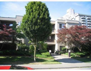 "Main Photo: 203 975 W 13TH Avenue in Vancouver: Fairview VW Condo for sale in ""OAKMONT PLACES"" (Vancouver West)  : MLS® # V710519"