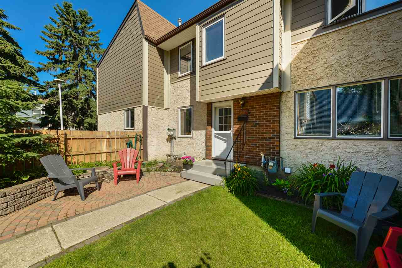 FEATURED LISTING: 25 WILLOWDALE Place Edmonton