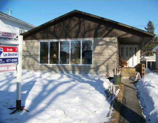 Main Photo: 768 BOREBANK Street in WINNIPEG: River Heights / Tuxedo / Linden Woods Residential for sale (South Winnipeg)  : MLS(r) # 2804112