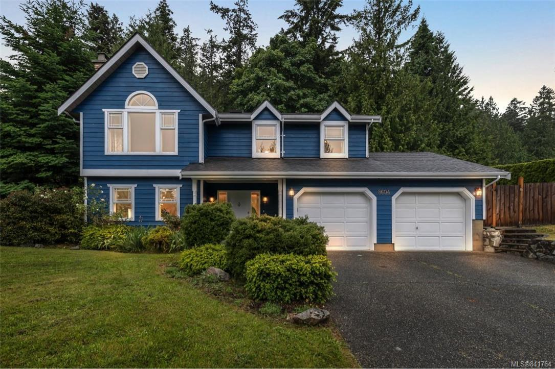 FEATURED LISTING: 8604 Kingcome Cres North Saanich