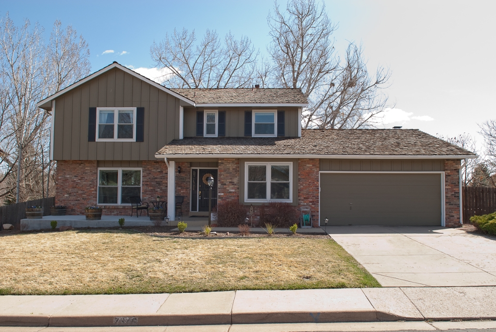 Main Photo: 7346 S Milwaukee Way in Centennial: Residential Detached for sale : MLS® # 868691