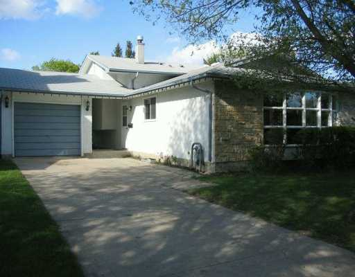 Main Photo: 10 ST EDMUNDS Bay in WINNIPEG: Fort Garry / Whyte Ridge / St Norbert Single Family Detached for sale (South Winnipeg)  : MLS(r) # 2708301