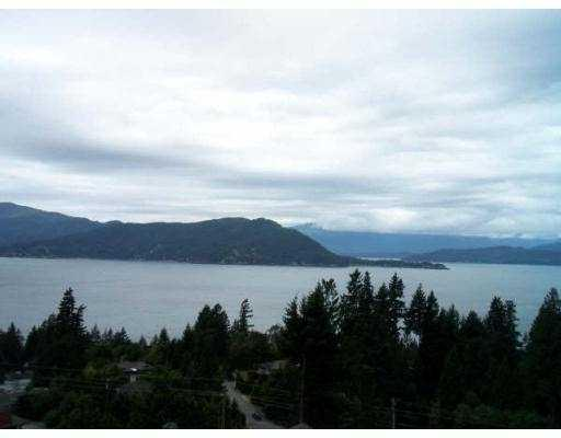 "Photo 1: 70 8617 SEASCAPE Drive in West_Vancouver: Howe Sound Townhouse for sale in ""SEASCAPES"" (West Vancouver)  : MLS® # V684701"