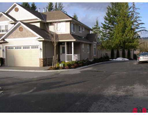 Main Photo: 20 32849 EGGLESTONE Avenue in Mission: Mission BC Townhouse for sale : MLS® # F2714316
