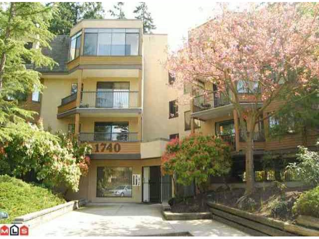 "Main Photo: # 208 1740 SOUTHMERE CR in Surrey: Sunnyside Park Surrey Condo for sale in ""SOUTHMERE MEWS"" (South Surrey White Rock)  : MLS®# F1100357"