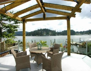 "Main Photo: 2748 PANORAMA Drive in North_Vancouver: Deep Cove House for sale in ""DEEP COVE"" (North Vancouver)  : MLS® # V704268"