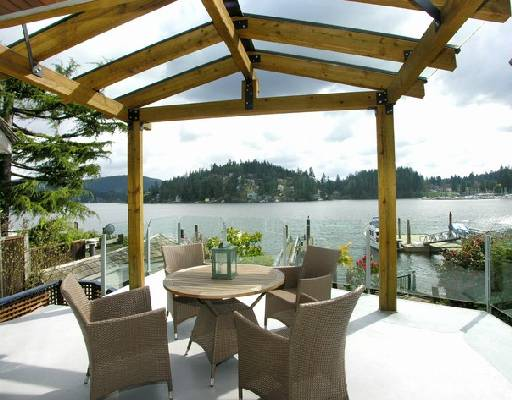 "Main Photo: 2748 PANORAMA Drive in North_Vancouver: Deep Cove House for sale in ""DEEP COVE"" (North Vancouver)  : MLS®# V704268"