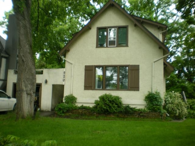 Photo 2: Photos: 220 KINGSTON Row in Winnipeg: Residential  : MLS(r) # 1112101