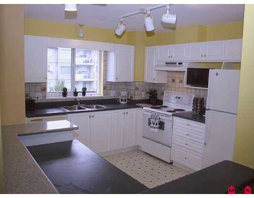 "Photo 2: 312 33708 KING Road in Abbotsford: Poplar Condo for sale in ""COLLEGE PARK"" : MLS® # F2720599"