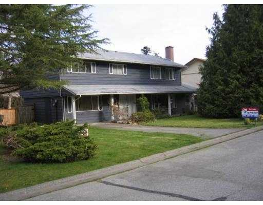 "Main Photo: 34 53RD Street in Tsawwassen: Pebble Hill House for sale in ""PEBBLE HILL"" : MLS®# V702409"