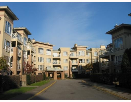 Main Photo: 313 2551 Parkview in Port Coquitlam: Condo for sale : MLS®# v676885