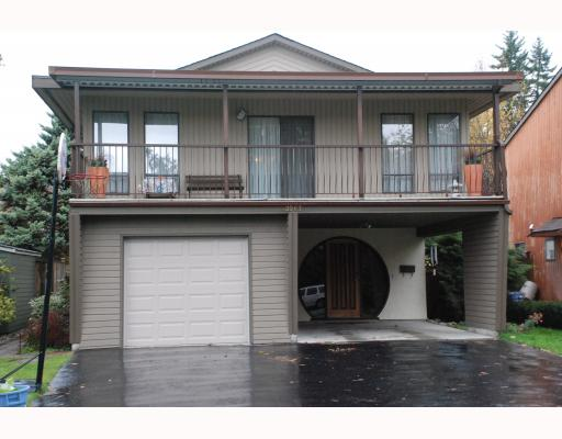 "Main Photo: 3267 SAMUELS Court in Coquitlam: New Horizons House for sale in ""NEW HORIZONS"" : MLS(r) # V796976"