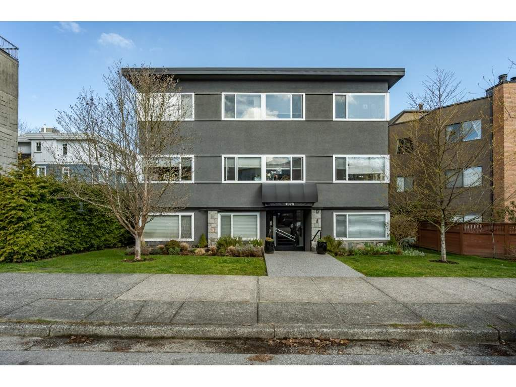 FEATURED LISTING: 104 1075 13TH Avenue West Vancouver