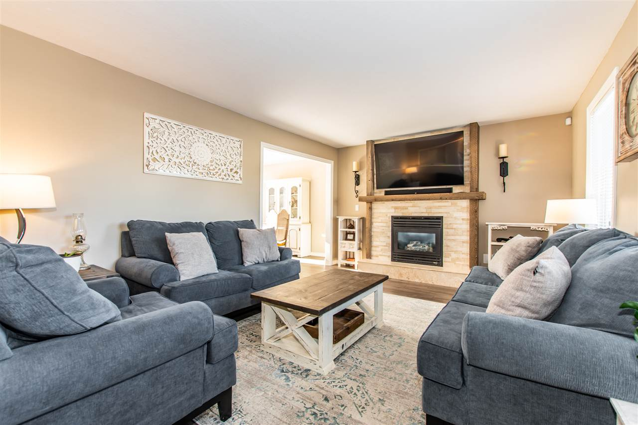 FEATURED LISTING: 35300 SANDY HILL Crescent Abbotsford