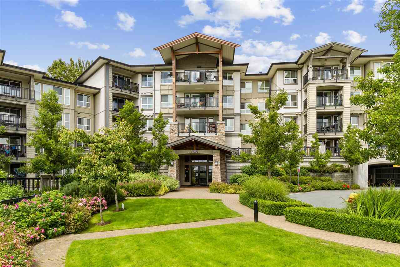 FEATURED LISTING: 209 - 3050 DAYANEE SPRINGS Boulevard Coquitlam