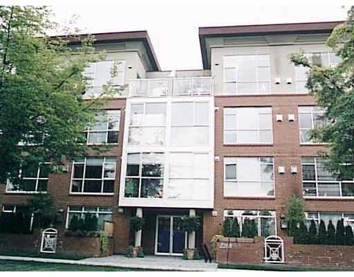 "Main Photo: 406 2268 W 12TH AV in Vancouver: Kitsilano Condo for sale in ""THE CONNAUGHT"" (Vancouver West)  : MLS® # V563591"