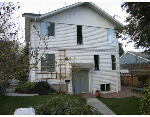 "Main Photo: 135 DEBECK Street in New_Westminster: Sapperton House 1/2 Duplex for sale in ""Sapperton"" (New Westminster)  : MLS® # V704512"