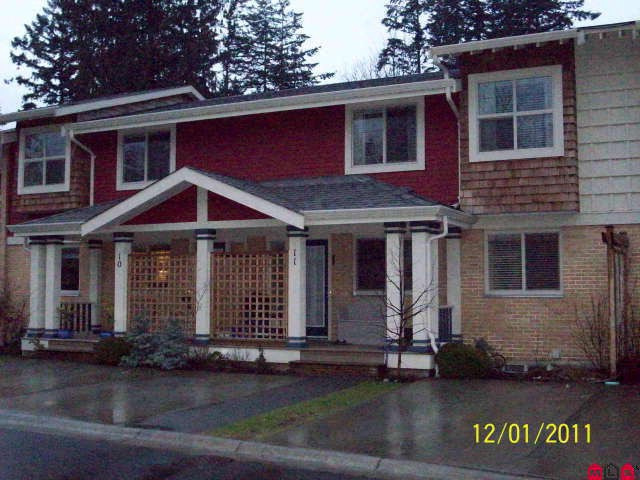 "Main Photo: # 11 5851 COWICHAN ST in Sardis: Vedder S Watson-Promontory Condo for sale in ""GARRISON CROSSING"" : MLS(r) # H1100610"