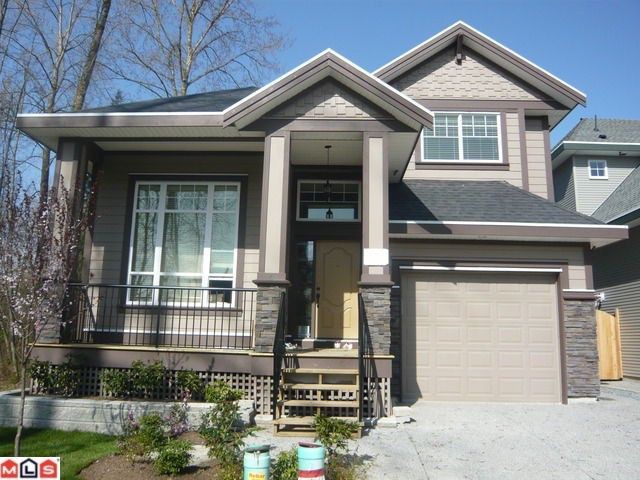 Main Photo: 17297 64A AV in Surrey: Cloverdale BC House for sale (Cloverdale)  : MLS® # F1022735