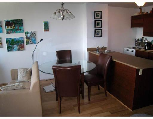 "Photo 5: 708 950 DRAKE Street in Vancouver: Downtown VW Condo for sale in ""ANCHOR POINT"" (Vancouver West)  : MLS® # V661241"