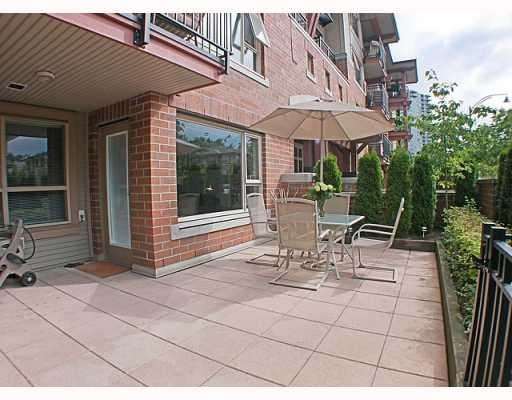 Main Photo: 200 Klahanie Drive in Port Moody: Condo for sale : MLS® # V783837