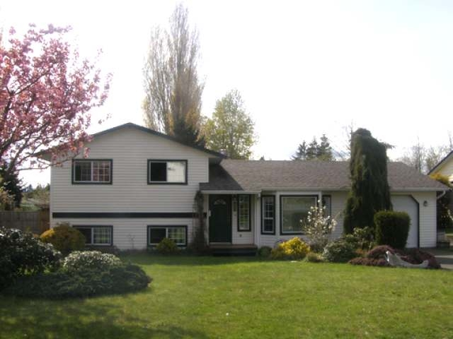 Main Photo: 421 QUARRY ROAD in COMOX: House for sale : MLS® # 315976