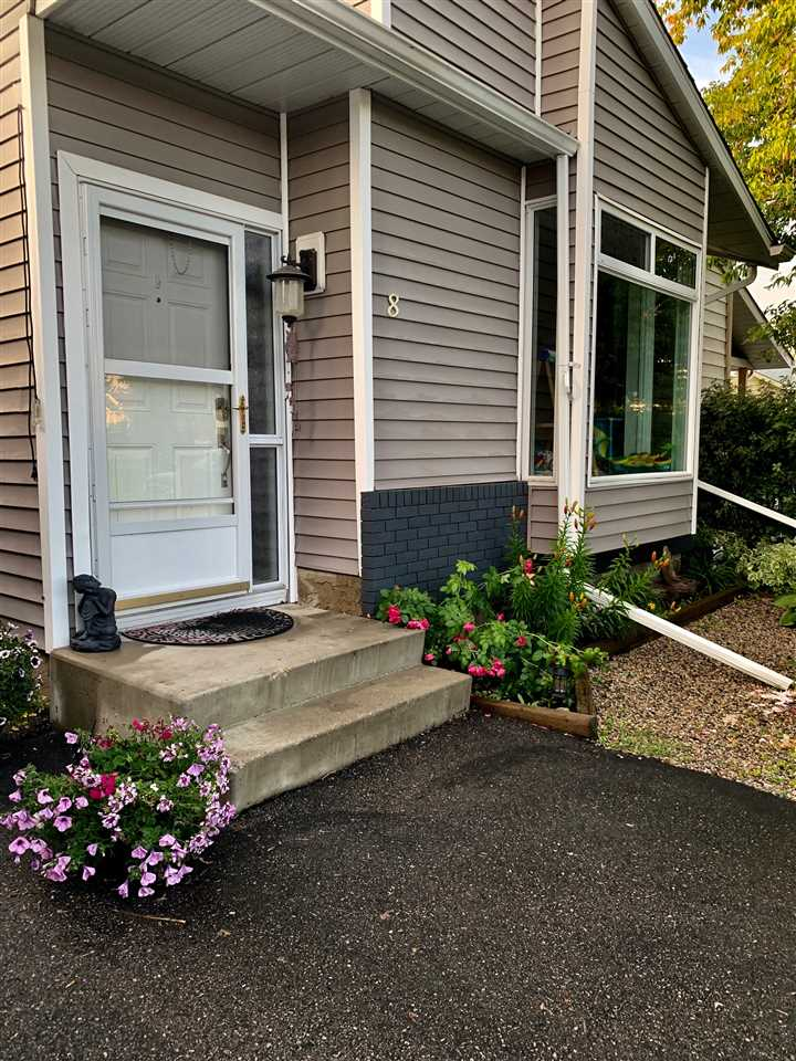 FEATURED LISTING: 8 WESTGLEN Crescent Spruce Grove