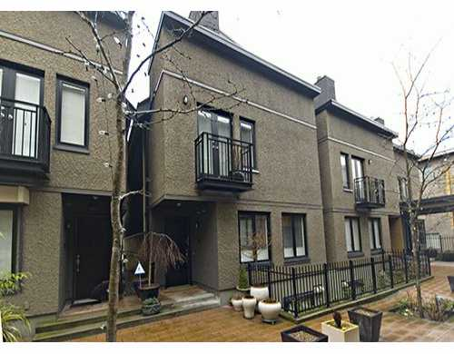 "Main Photo: 1421 W 11TH Ave in Vancouver: Fairview VW Townhouse for sale in ""1421 WEST ELEVENTH"" (Vancouver West)  : MLS® # V629805"
