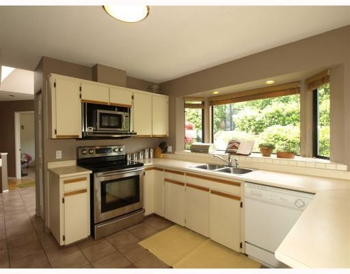 Photo 6: 1015 East Keith Road in North Vancouver: Calverhall House for sale : MLS® # V770680