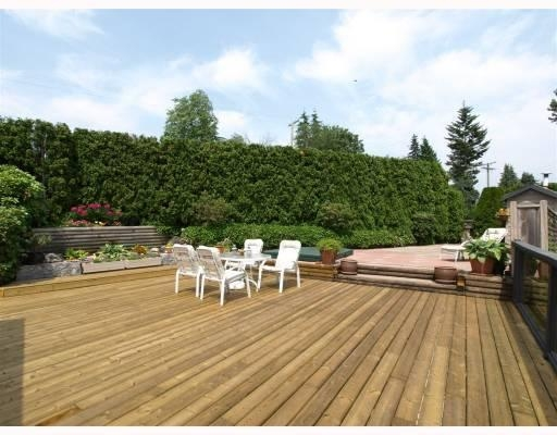 Photo 2: 1015 East Keith Road in North Vancouver: Calverhall House for sale : MLS® # V770680
