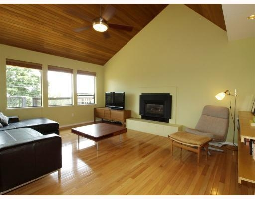 Photo 3: 1015 East Keith Road in North Vancouver: Calverhall House for sale : MLS® # V770680