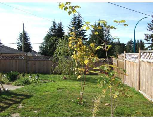 Photo 2: 5582 EMERSON Road in Sechelt: Sechelt District House for sale (Sunshine Coast)  : MLS® # V667112