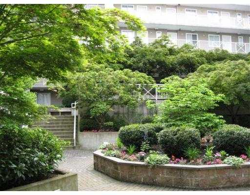 "Photo 7: 619 528 ROCHESTER Avenue in Coquitlam: Coquitlam West Condo for sale in ""THE AVE"" : MLS(r) # V710689"