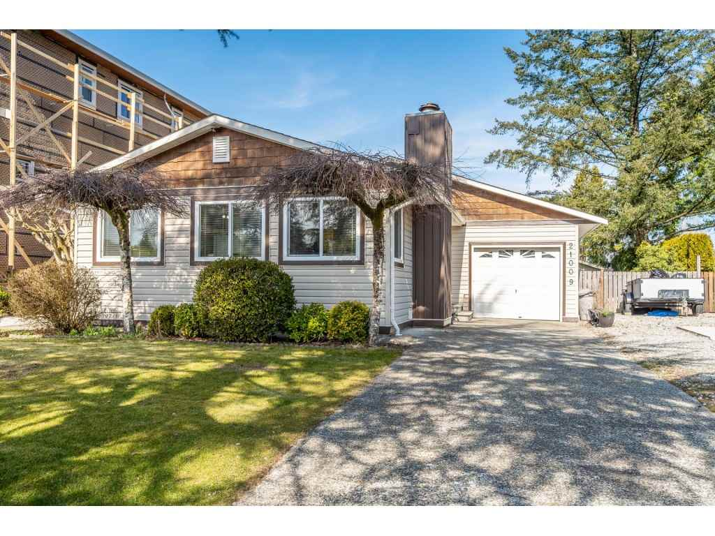 FEATURED LISTING: 21009 STONEHOUSE Avenue Maple Ridge