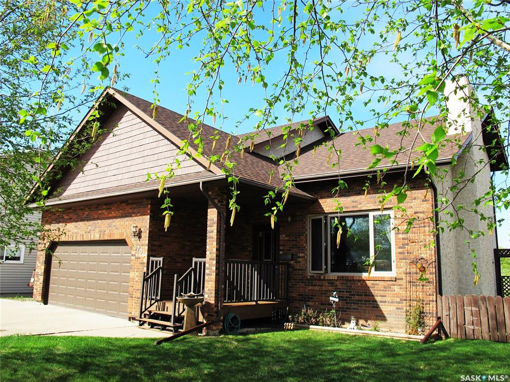 FEATURED LISTING: 706 Jubilee Place Estevan