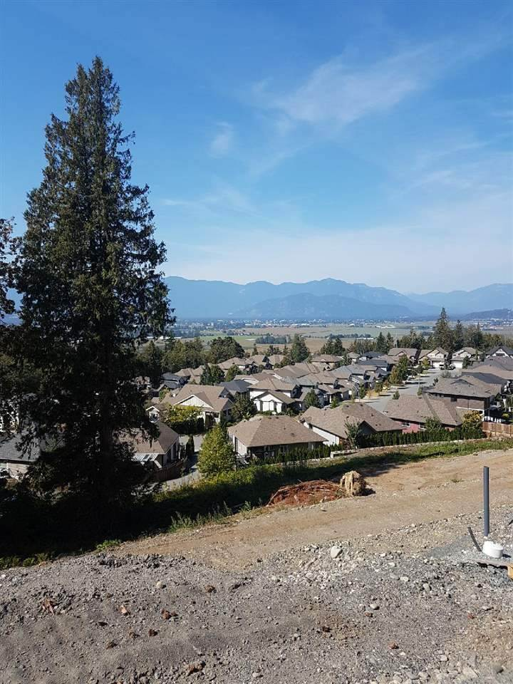 FEATURED LISTING: 6 - 5988 LINDEMAN Street Chilliwack