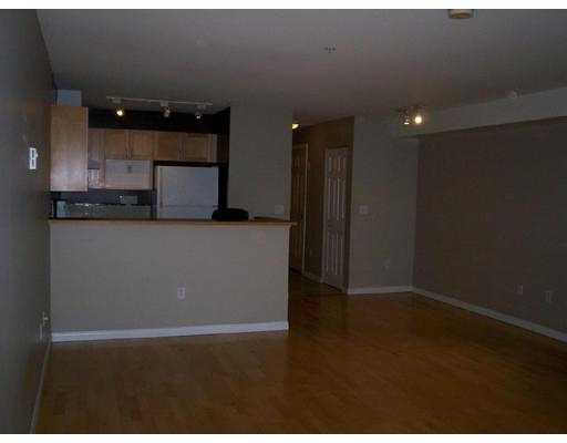 Photo 3: 208 1707 CHARLES ST in Vancouver: Grandview VE Condo for sale (Vancouver East)  : MLS(r) # V569593