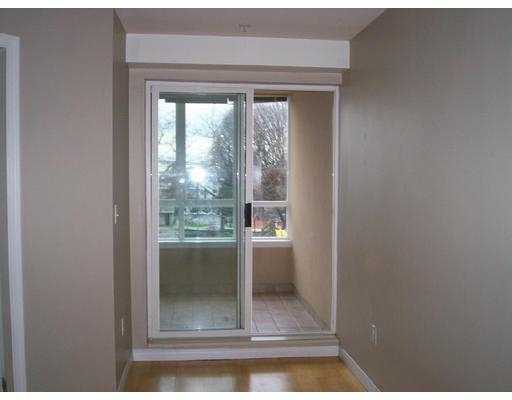 Photo 6: 208 1707 CHARLES ST in Vancouver: Grandview VE Condo for sale (Vancouver East)  : MLS(r) # V569593