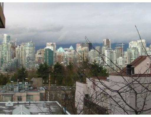 "Main Photo: 102 943 W 8TH AV in Vancouver: Fairview VW Townhouse for sale in ""SOUTHPORT"" (Vancouver West)  : MLS®# V570271"