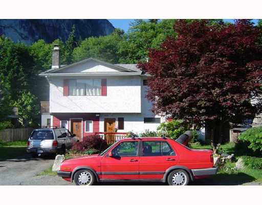 Main Photo: 37924 MAGNOLIA Crescent in Squamish: Valleycliffe House for sale : MLS® # V654219