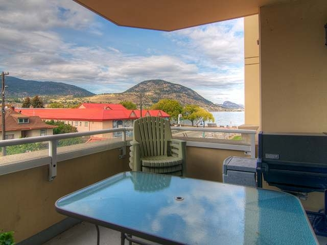 Photo 2: 160 LAKESHORE DRIVE W in Penticton: Other for sale (303)  : MLS(r) # 112357