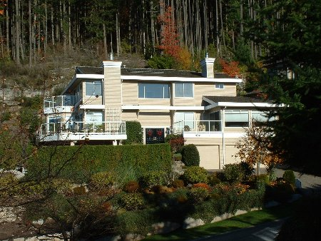 Main Photo: 4871 Northwood Place in WEST VANCOUVER: House for sale (Cypress Park Estates)  : MLS® # v508814